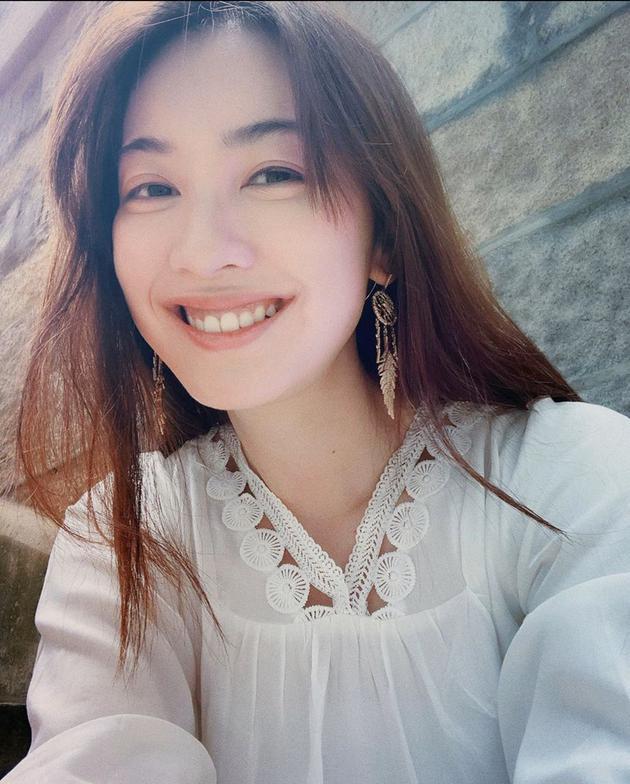 前港姐朱千雪正式成为律师 主要处理民事刑事案件