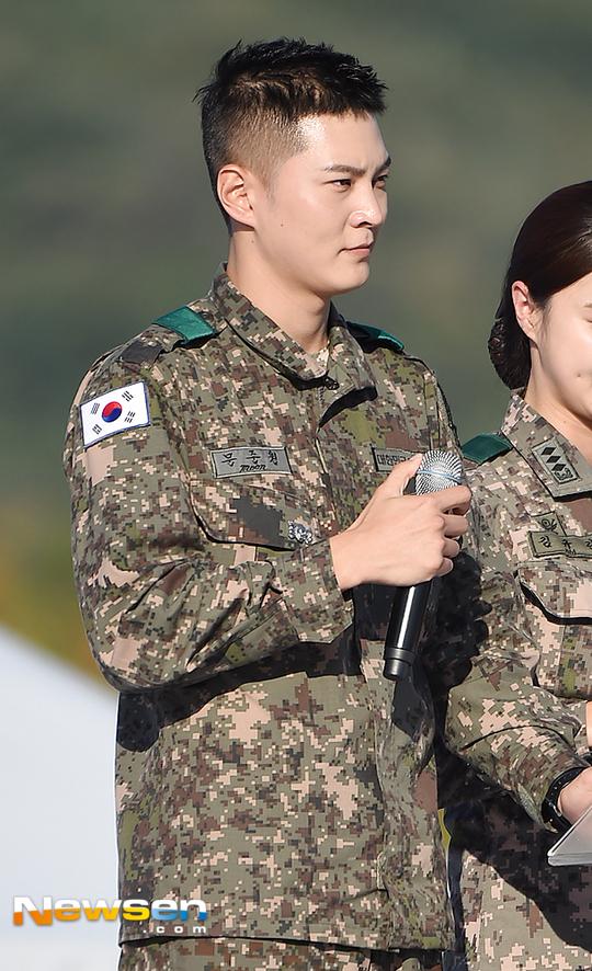韩国演员周元将于2月5日退伍 比预计时间提前10天
