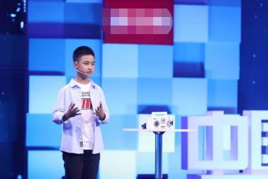 """""""最幼开发者""""袁翊闳:用人造智能创造异日"""