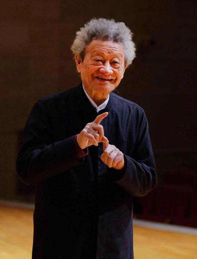 北京爱乐合唱团创始人杨鸿年病逝 享年86岁