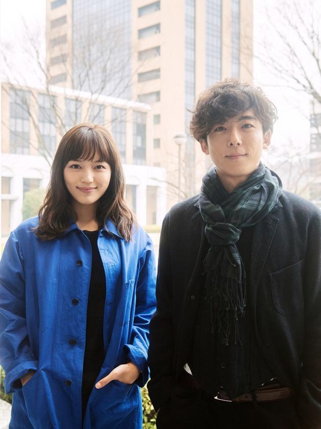 电影《在遇到九月之恋以前》主演川口春奈、高桥一生