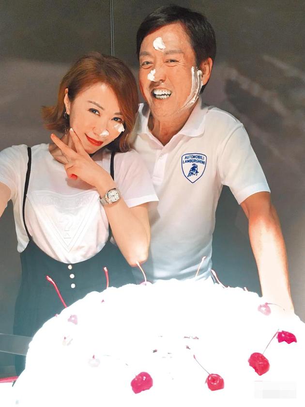 李翊君办50岁庆生宴。