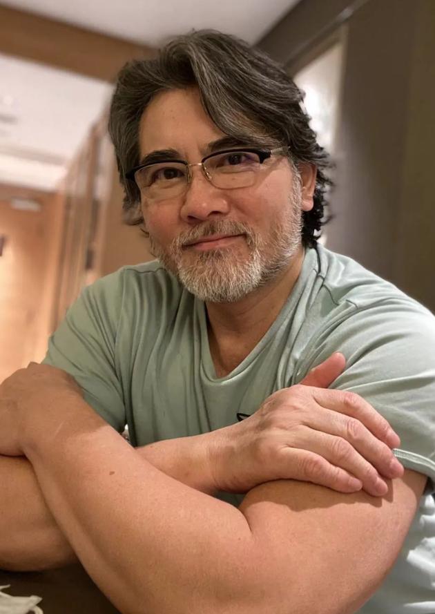 61岁赵文瑄近照