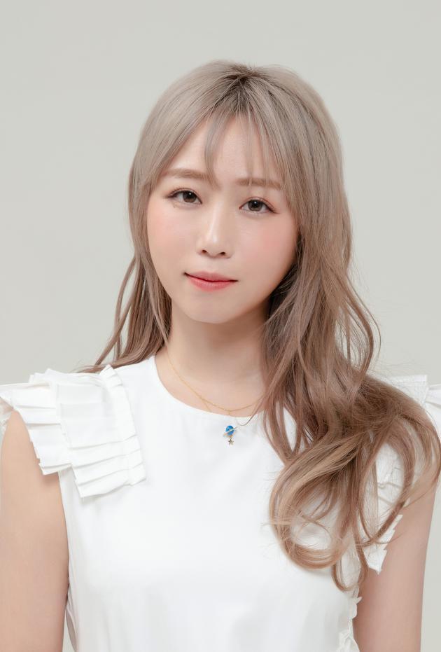 郑茵声将于下月推出首张个人专辑《预告幸福》