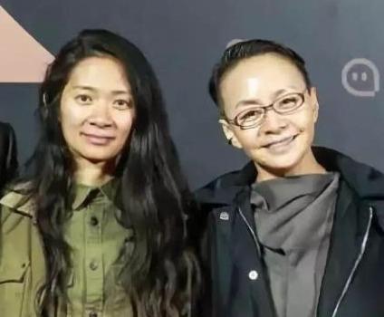 女儿赵婷获两项金球奖宋丹丹骄傲发文 章子怡祝贺