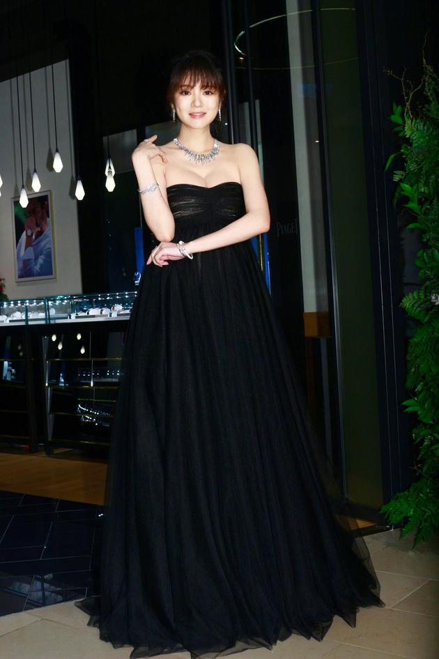 安以轩宣布怀孕后首度在台公开亮相。