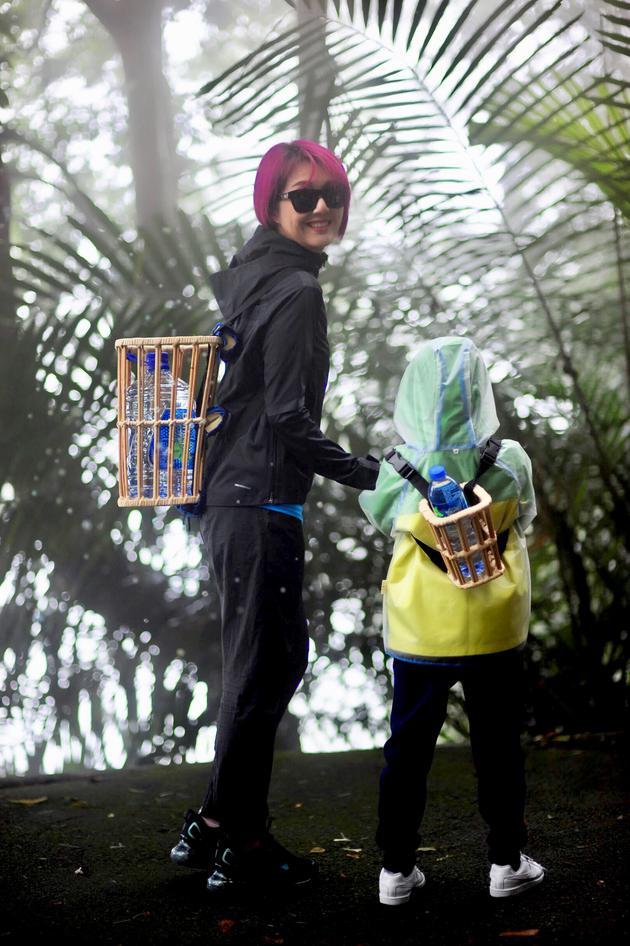 杨千嬅与儿子一同助力公益。