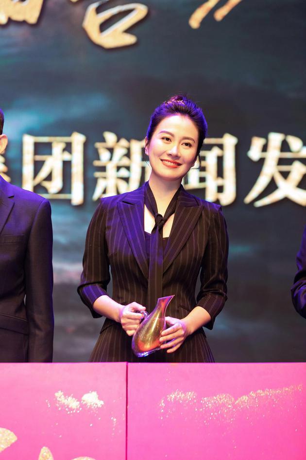 叶璇出演红色话剧。