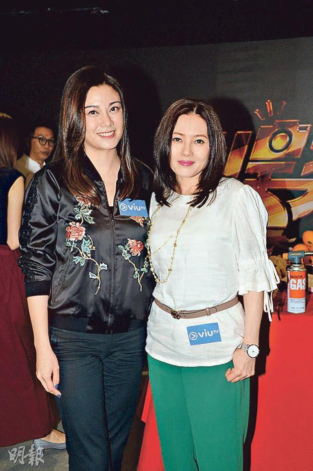 廖碧儿(左)与李丽珍合作拍ViuTV 处境剧《娱乐风云》