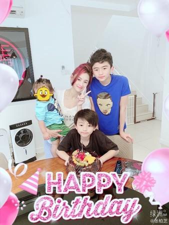张柏芝有3个宝贝儿子
