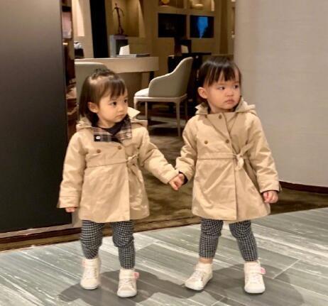 熊黛林的双胞胎女儿