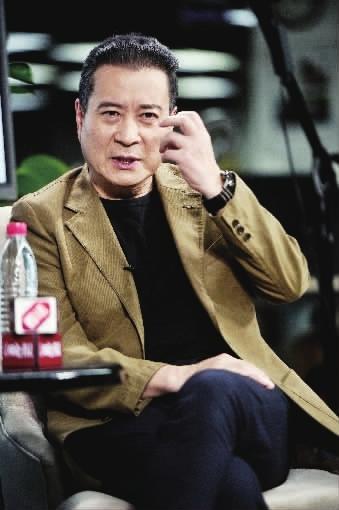 演员许文广接受《法制晚报》记者专访
