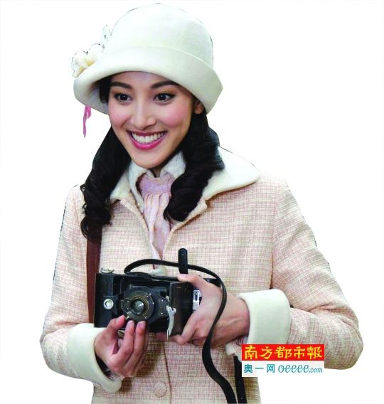 陈凯琳饰演女主角,一个有学识的Lady