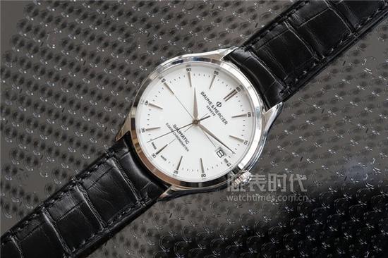 名人克里顿系列Baumatic?腕表,售价19,700初次人民币