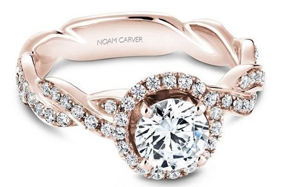 带光环的戒指