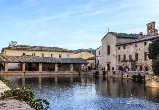 PhotobyVisit Tuscanyvia Flickr