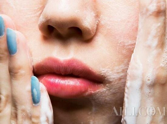 There's no face that can't be washed clean, but you can't remove makeup properly插图2