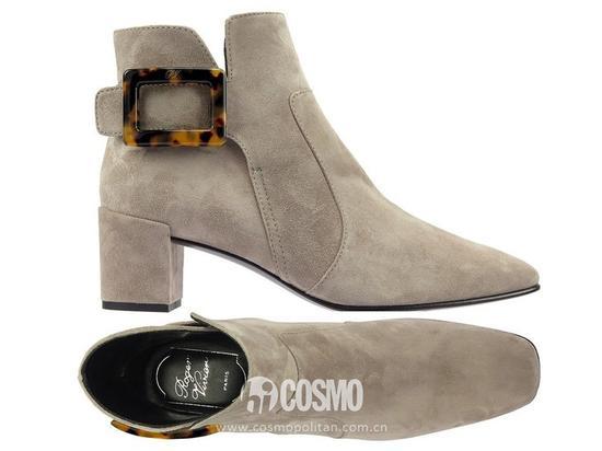 鞋履来自Roger Vivier 售价10500老大