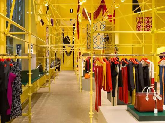 改建后的 Calvin Klein 麦迪逊街道旗舰店