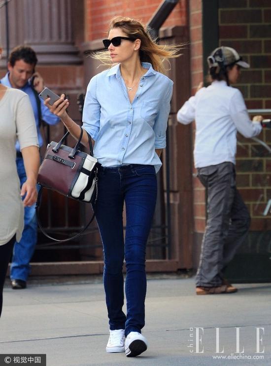 显瘦狂魔最爱:衬衫+铅笔裤真是入秋的最佳CP!
