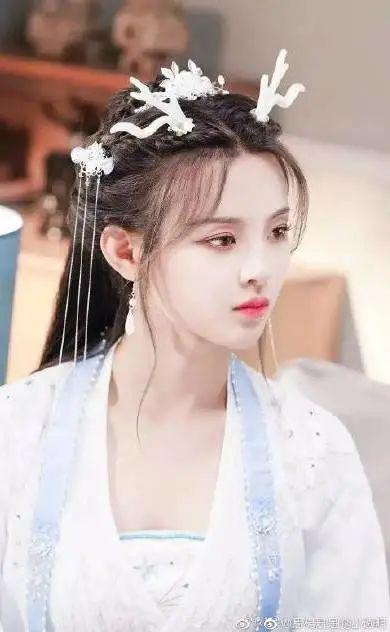 Yu Shuxin, Yang Chaoyue's ancient costume is defeated in \插图10