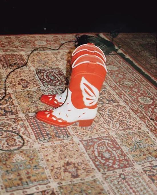 70套靴子搭配参考 今年最火靴子是它