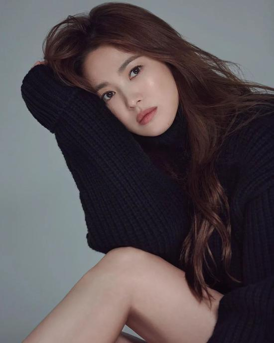 Song Hye Kyo's latest pictorial I only see her skin is really good插图2