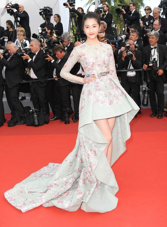 Guan Xiaotong finally found the right style, charming feeling, Yujie wind absolutely插图8