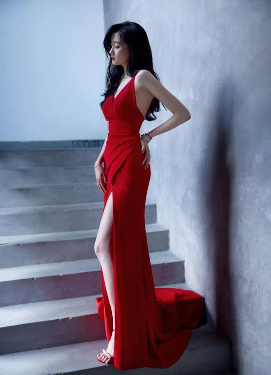 Guan Xiaotong finally found the right style, charming feeling, Yujie wind absolutely插图15