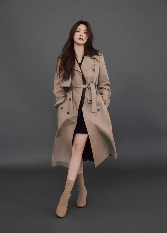 Song Hye Kyo's latest pictorial I only see her skin is really good插图3