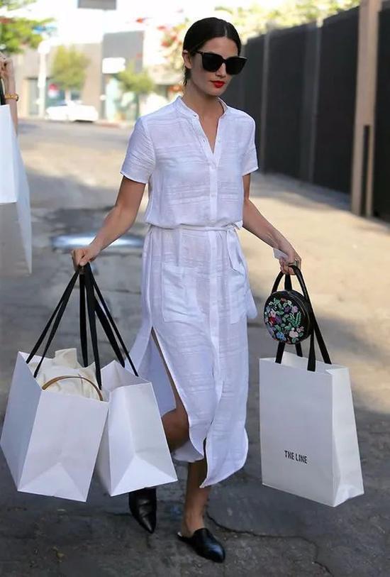 酷暑难耐 4款裙装让你清凉出街