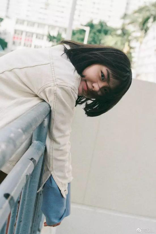 出镜:@lonelyco 摄影:@周健__