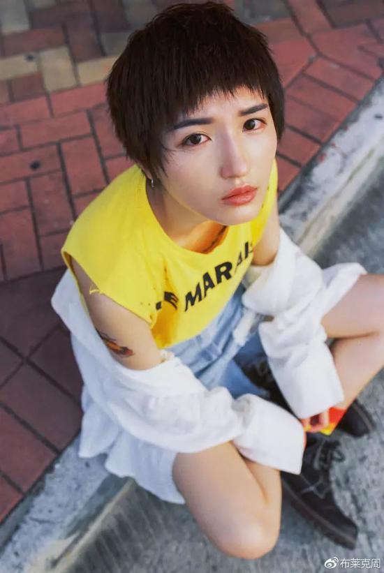 模特: @nikabb- 摄影: @周健__