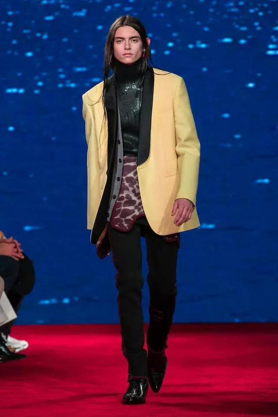 Calvin Klein 2019 春夏秀场