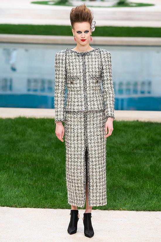 Chanel 2019春夏高定系列 图片来源:Vogue Runway