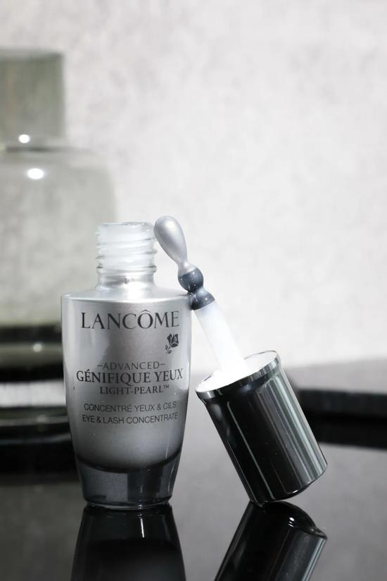 A long fat granule with eye cream? Ten years older, of course插图17
