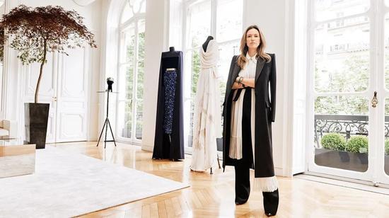 Givenchy 前任创意总监Clare Waight Keller   图片来源:网络
