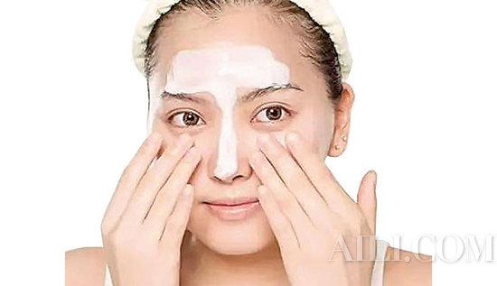 Serious makeup also acne? This skin is really hard to take插图5