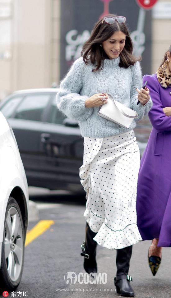 这个乱穿衣的季节里 混搭利器半身裙了解一下