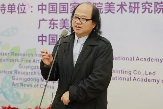 神州国家画院副院长、享誉美术评论家张晓凌先生致辞