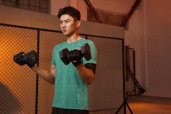 阿迪达斯携手《运动吧少年》 助力选手进阶最强运动男团