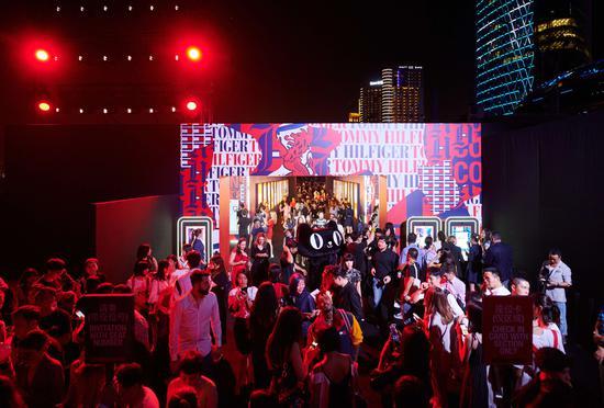 天猫商城将在线直播TOMMYNOW感受式秀场活动