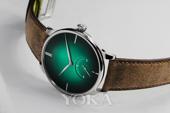 亨利慕时冒险者小秒针XL Purity 腕表