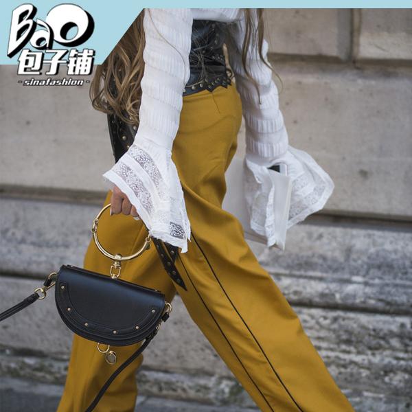 时尚潮人拿Chloe包包