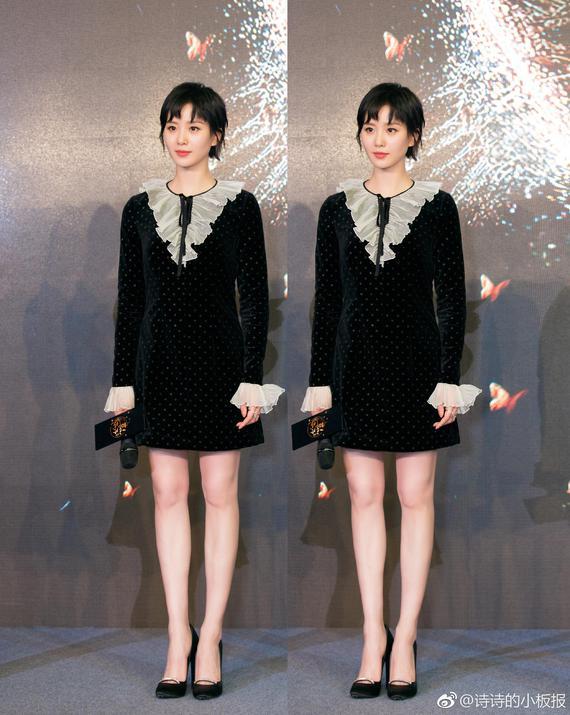 刘诗诗丝绒连衣裙灵动俏皮 黑色丝绒裙复古又不失少女感 时尚潮流 第6张