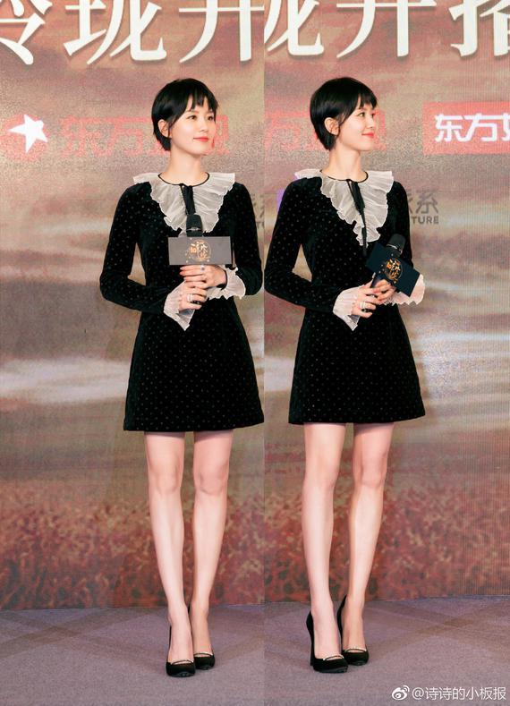 刘诗诗丝绒连衣裙灵动俏皮 黑色丝绒裙复古又不失少女感 时尚潮流 第3张