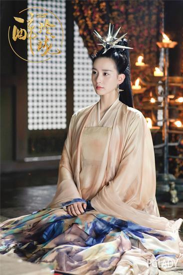 《醉玲珑》里刘诗诗教你正确的卸妆姿势 电视综艺 第7张
