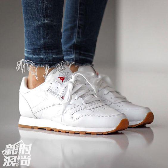 基本款白色Reebok classic leather运动鞋