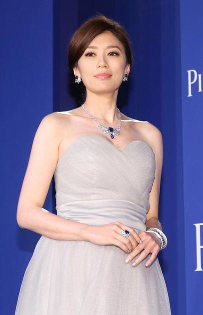 贾静雯佩戴伯爵Extremely Piaget系列高级珠宝