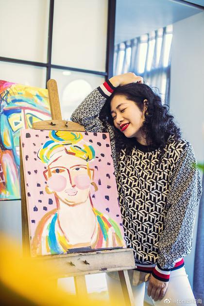 toni雌和尚的绘画作品